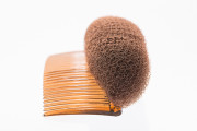 Duttkissen-Dudkissen-volumenkissen-frisurenhilfe-hochsteckhilfe-hochstecken-haarkult-gaggenau-savas-turanci- (3)