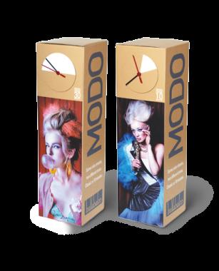 Werbe-Aufsteller-mit-Uhr-für-Schaufenster-und-Friseur-Salon