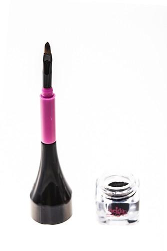 Sheida-EYELINE- creme-Black-HaarKult-Savas-Turanci-pinsel-offen-pigment-5